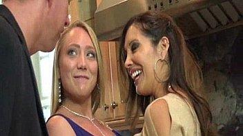 На порно пробах лилиана поебалась в жопу
